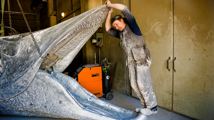 The making of 'Laulupuut' welded sculpture