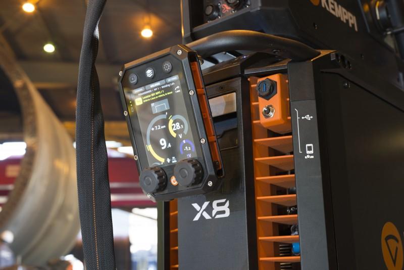 Kemppi-X8-MIG-Welder-500-Control-Pad-13