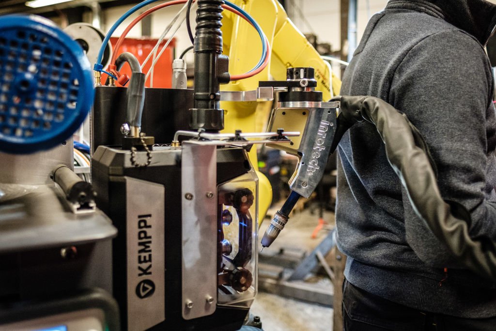 Three solutions for welding robotization